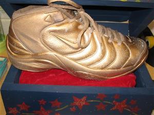 golden sneaker