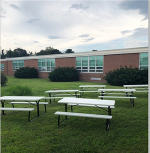 student seating courtyard